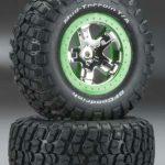 Traxxas-TRX-6876-Banden—velgen–gemonteerd–gelijmd-(SCT–chroom–groene-beadlock-wiel–BFGoodrich-Mud-T
