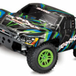 Traxxas-Slash-4X4_-1-10-Scale-4WD-Electric-ShortCourse-Truck-No-battery-and-charger